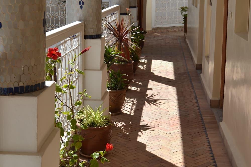 Phòng đôi Junior - Quang cảnh sân vườn