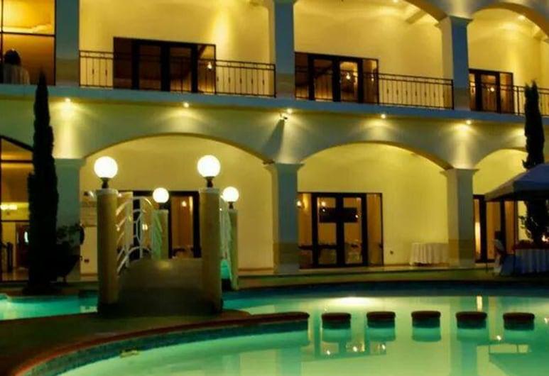 Hotel Ruinas Resort, Huehuetenango, Binnenplaats
