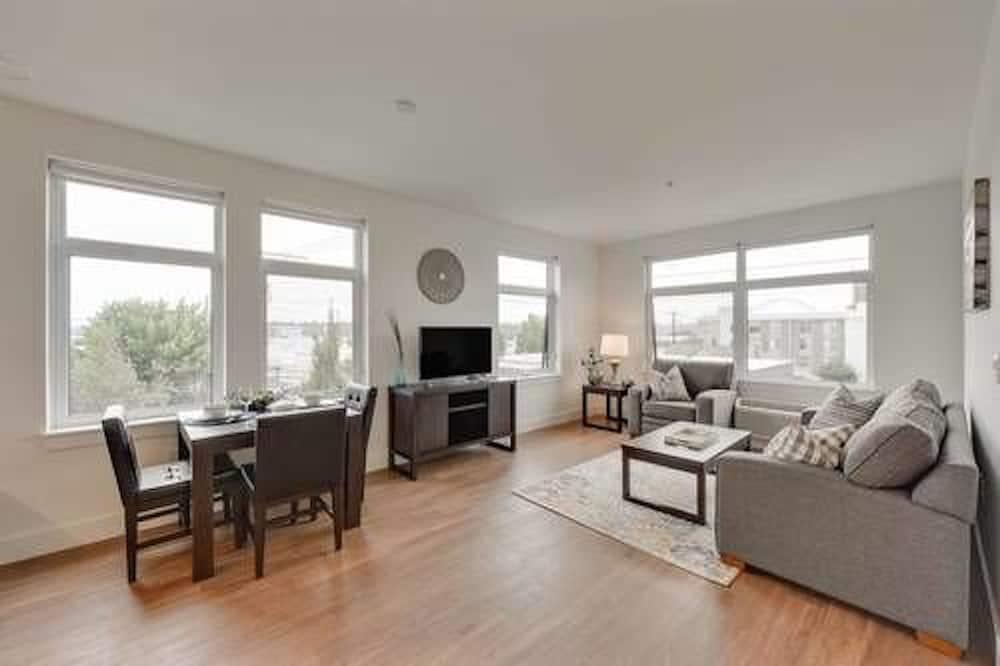 Pilsētklases dzīvokļnumurs, divas guļamistabas, nesmēķētājiem, virtuve - Dzīvojamā zona