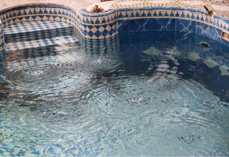 Riad de Charme , Fes, Pool