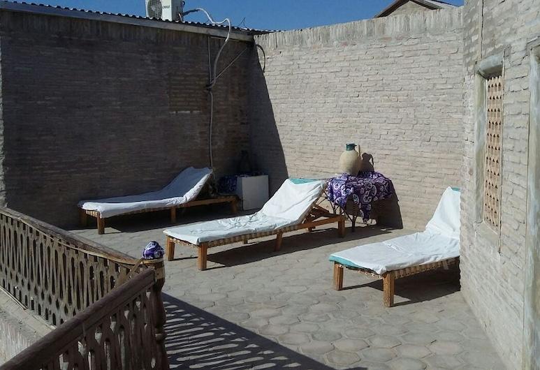 Mekhtar Ambar, Bukhara, Balkon