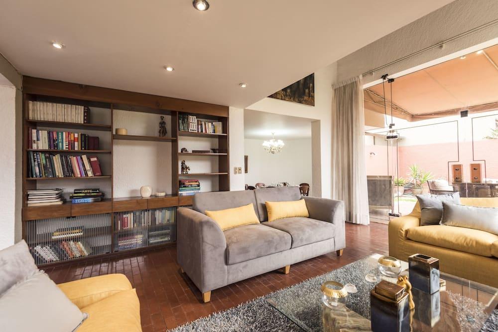 Familienhaus, 5Schlafzimmer, Nichtraucher, eigenes Bad - Wohnbereich