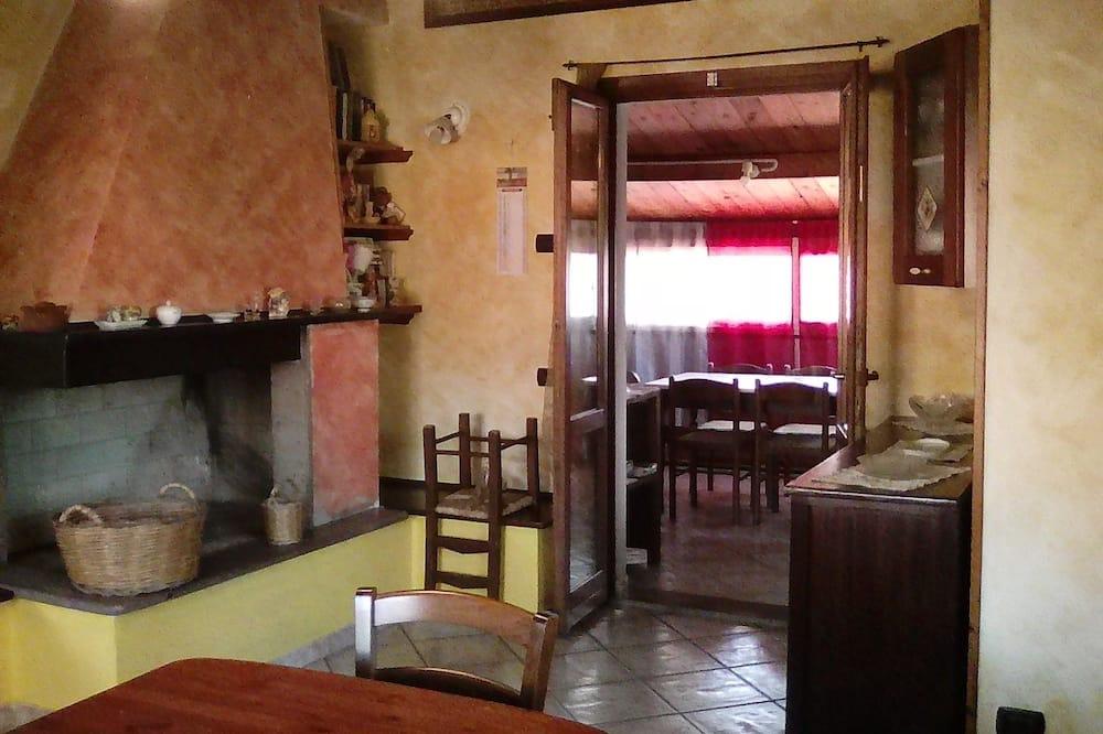 Apartment - Ruang Tamu