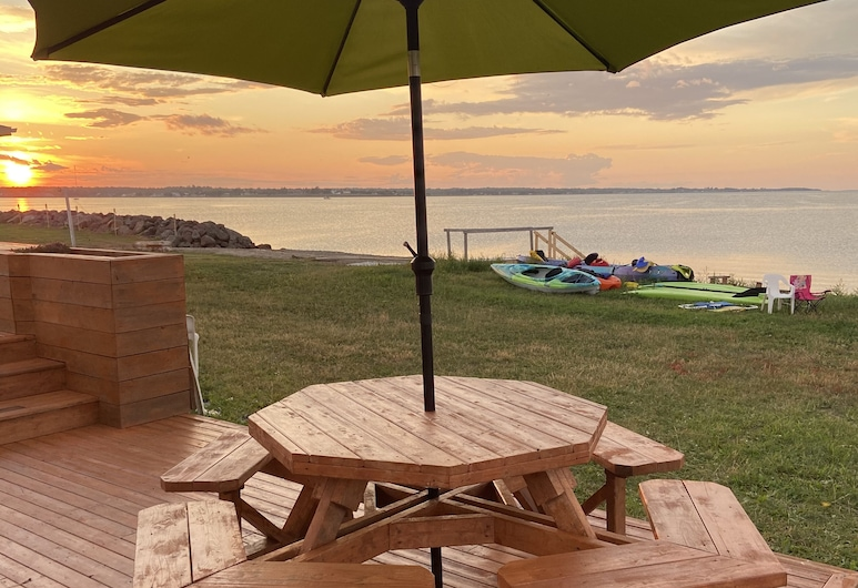 Oceanfront Cottage In Grande-digue, Near Shediac And Bouctouche, Кокань, Балкон