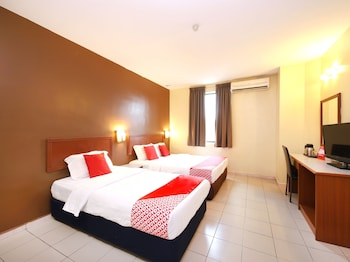 Picture of OYO 447 Comfort Hotel Meru in Klang