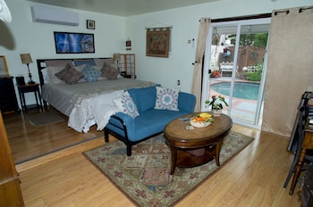 Picture of Life is Good Bed and Breakfast in Sherman Oaks