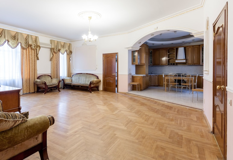 Apartment Nice Novoslobodskaya, Moscow, Apartment, 2 Bedrooms, Living Area
