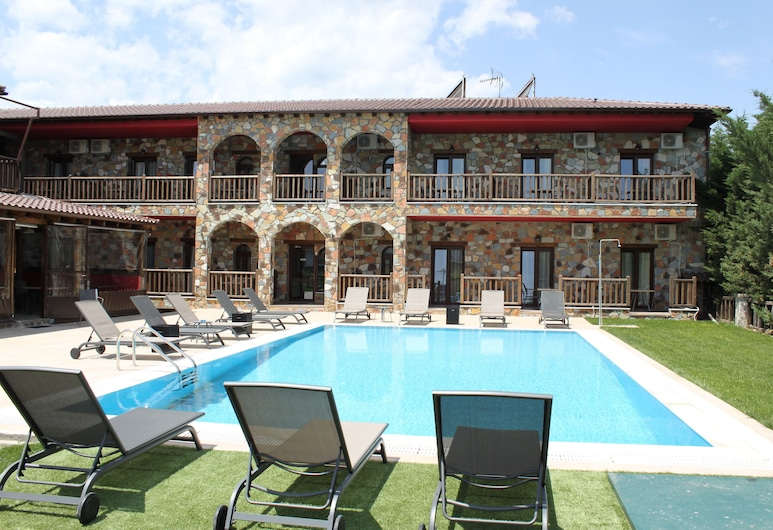Guesthouse Monastiri, Kalambaka, Pool