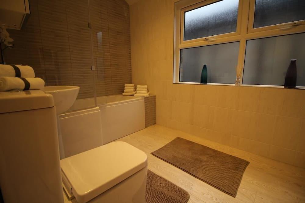 Apartmán typu Exclusive, 1 spálňa, nefajčiarska izba - Kúpeľňa