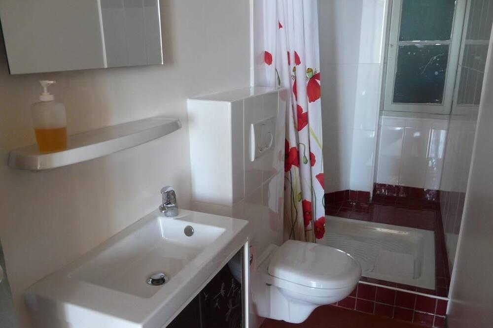 ファミリー 4 人部屋 ベッド (複数台) 禁煙 - バスルーム