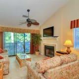 Kooperatīva tūristu mītne, divas guļamistabas, virtuve - Dzīvojamā zona
