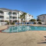 Condo, 3 Bedrooms, Kitchen - Outdoor Pool