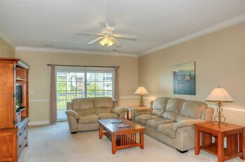 Picture of Magnolia Pointe 204-4879 in Myrtle Beach
