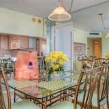 Condo, 2 Bedrooms, Kitchen - In-Room Dining
