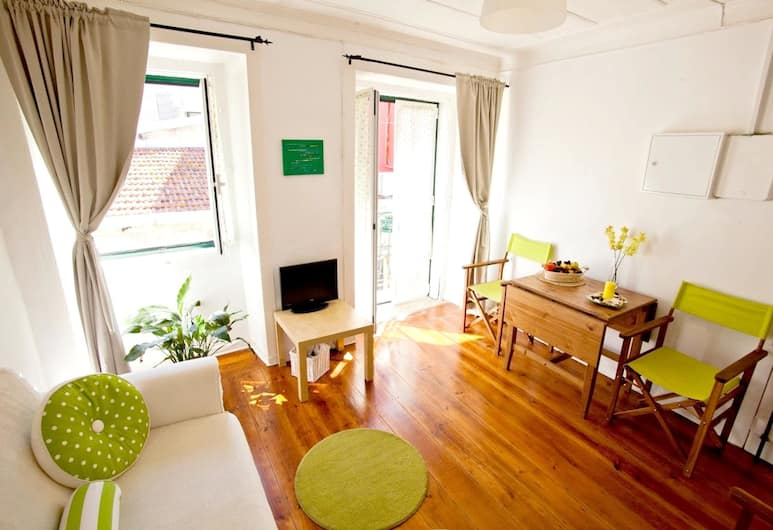 Apartment With one Bedroom in Lisboa, With Wonderful City View, Balcony and Wifi - 12 km From the Beach, Lisboa