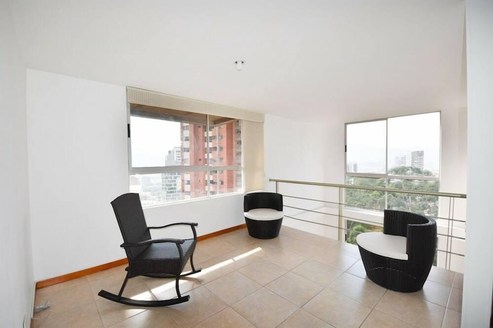 Apartment, Mehrere Betten, Nichtraucher - Wohnbereich
