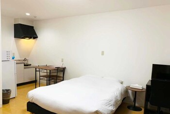 Picture of GLANZ-INN MATSUO-Guesthouse in Okinawa in Naha