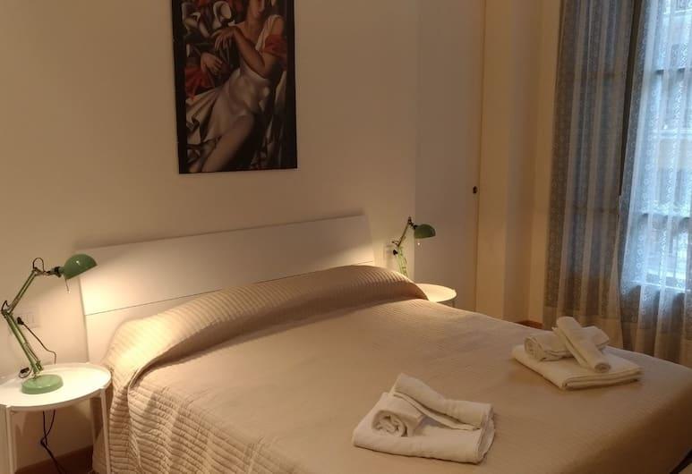 Revere 18 Apartment, Milan