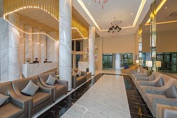 Patong — zdjęcie hotelu The Bay Exclusive Hotel