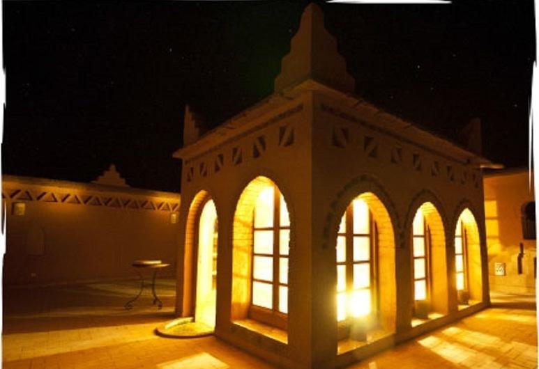 Kasbah Hotel Ait Omar , Nekob, Terrazza/Patio