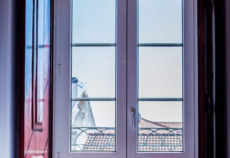 Lx Center Chiado, Lisboa, Dobbeltrom, 2 enkeltsenger, delt bad, utsikt mot byen, Gjesterom