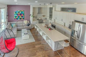 Picture of Applewood - Silver Lake 2BD Hollywood in Los Angeles