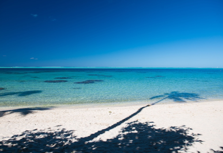 Villa Bora Bora-on Matira Beach N362 DTO-MT, Bora Bora , Rand