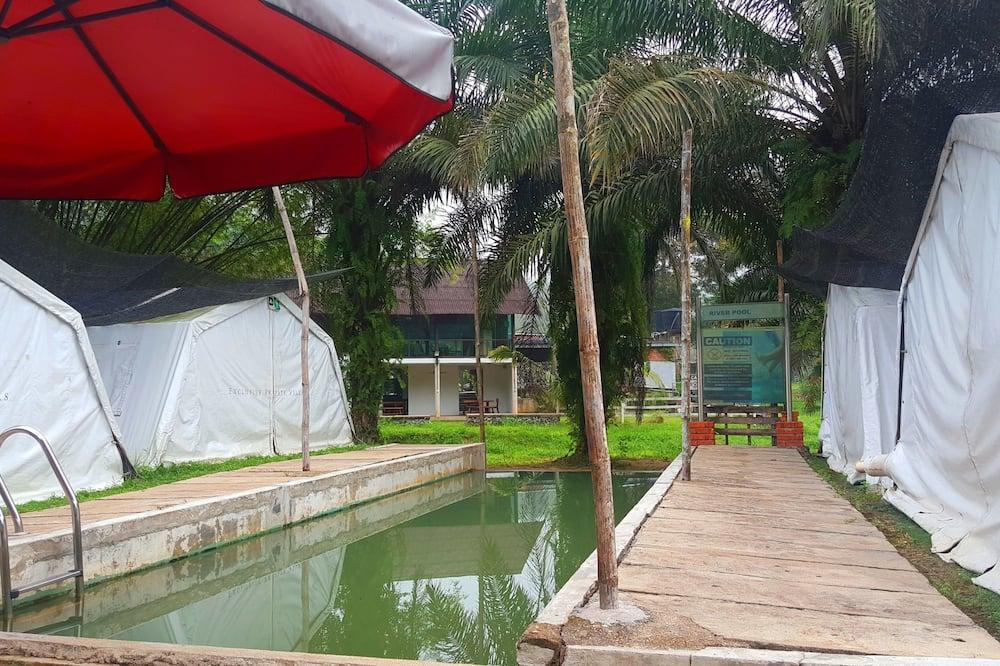 Liukso klasės palapinė, 1 didelė dvigulė lova - Lauko baseinas