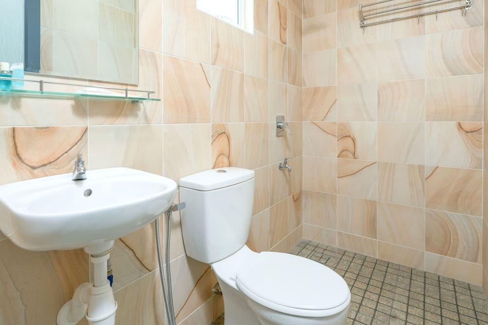Superior Suite, Multiple Beds, Non Smoking - Bathroom