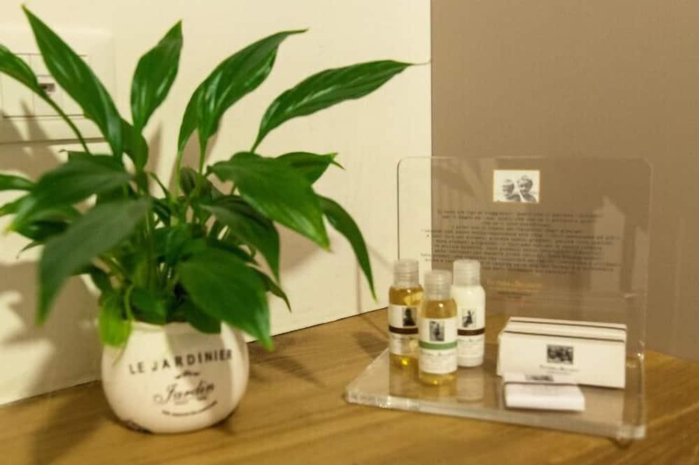 Comfort Apartment - Bathroom Amenities