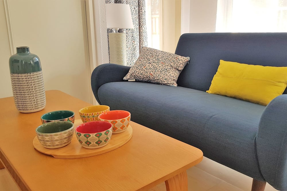 דירה, מיטת קווין - סלון