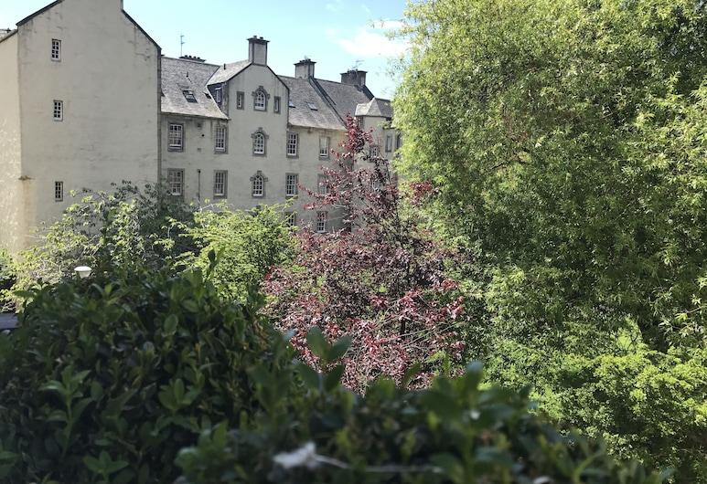 Chessels Court Apartment, Edinburgh