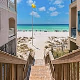 House, 4 Bedrooms - Beach