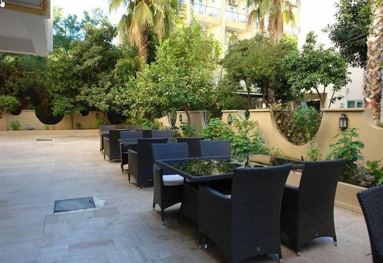 Ataer Hotel, Konyaaltı, Garten