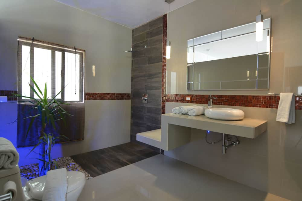 Habitación cuádruple exclusiva, 2 camas dobles, para no fumadores - Baño