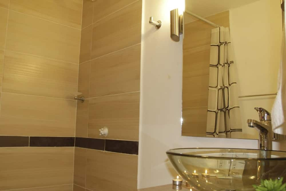 Phòng tắm
