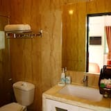 Superior Service Apartment, 2 Double Bed - Bathroom