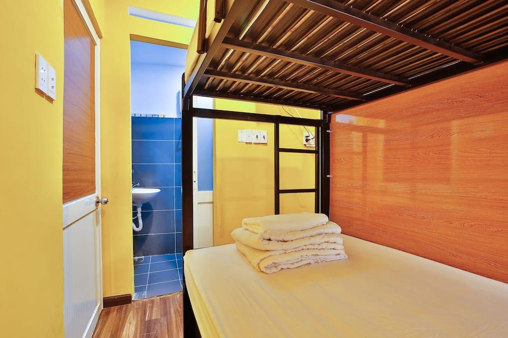 Gemeinsamer Basic-Schlafsaal, 4Schlafzimmer - Badezimmer