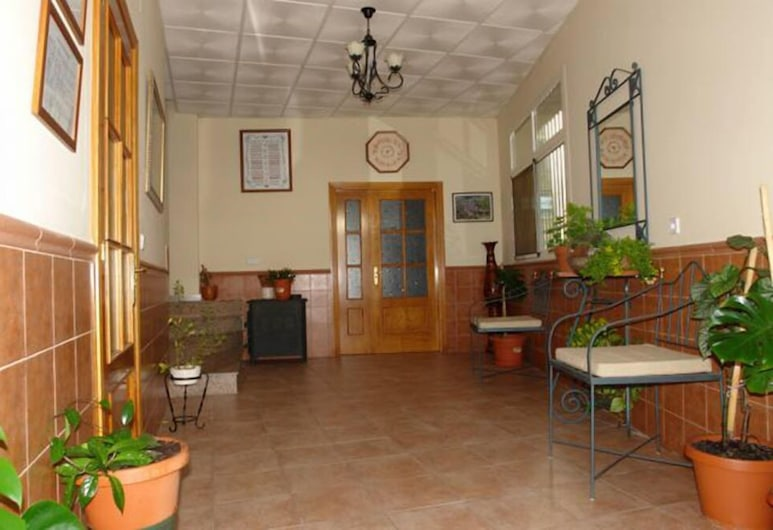 Hostal La Bellosina, Cabezabellosa, Lobby