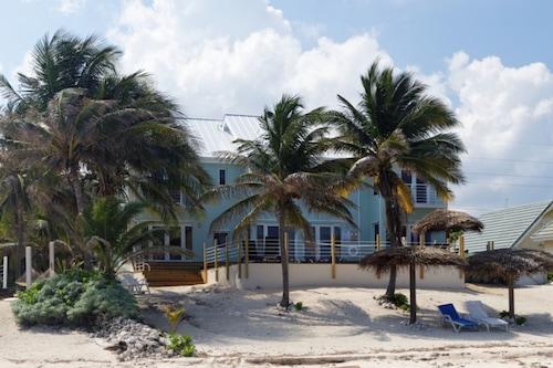 開曼別墅棕櫚海灘別墅飯店/