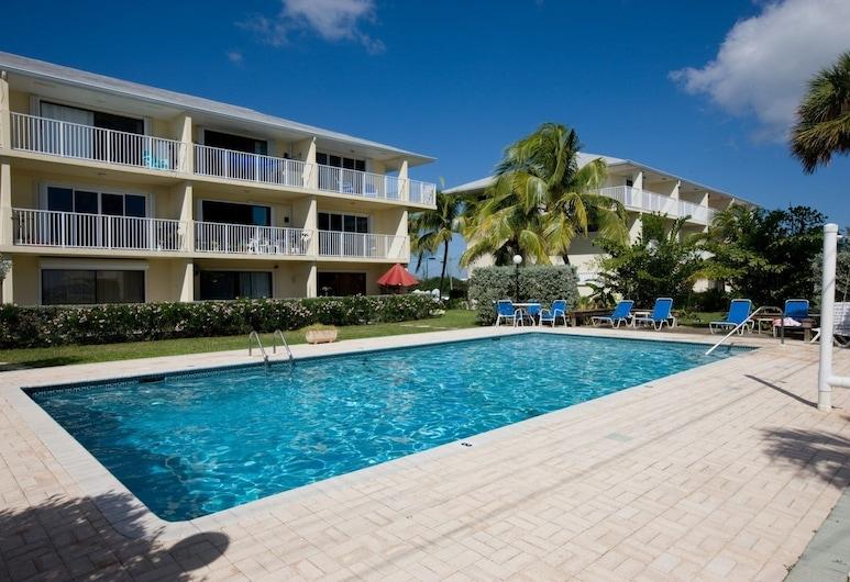 Caribbean Paradise by Cayman Villas, George Town