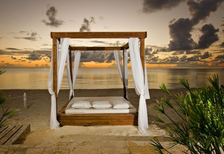 開曼別墅珊瑚礁酒店, 七里海灘, 海灘