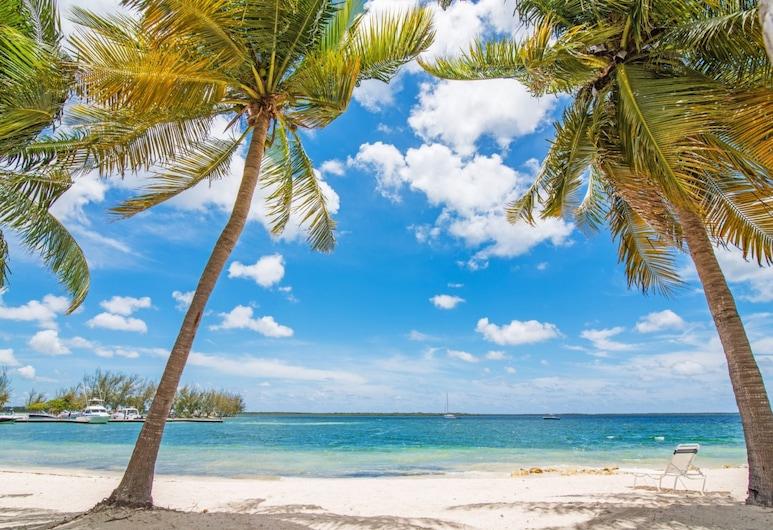 Kaibo Yacht Club by Cayman Villas, נורת' סייד, חוף ים