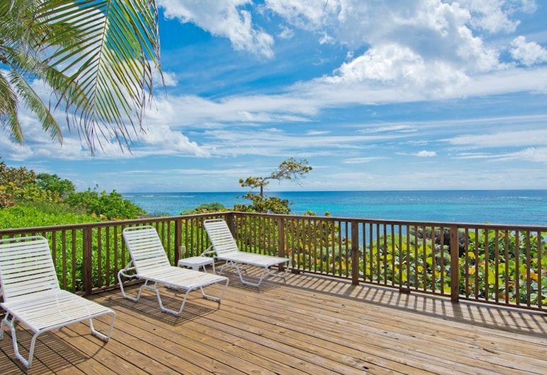 Moon Bay by Cayman Villas, Bodden Town, Property Grounds