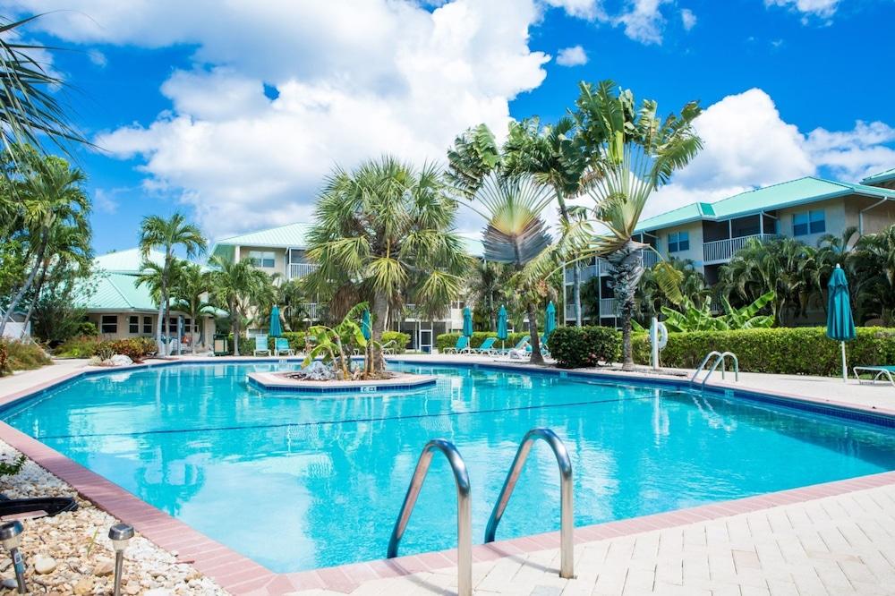 Plantation Village by Cayman Villas