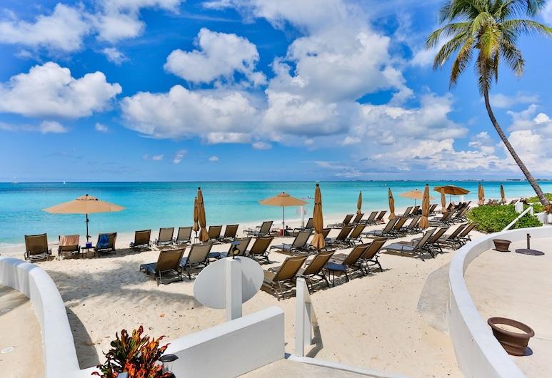Regal Beach Club by Cayman Villas, Seven Mile Beach, Strand