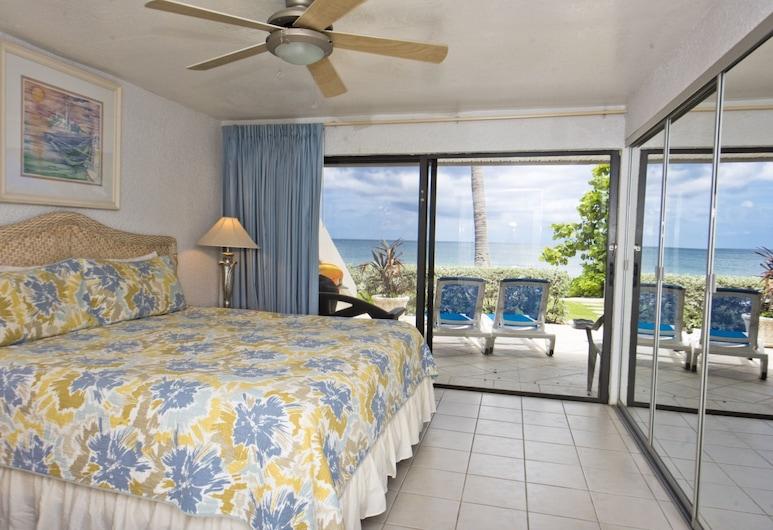 Sunset Cove by Cayman Villas, Seven Mile Beach