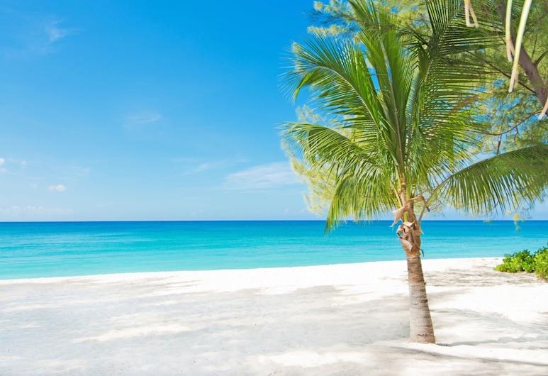 Whitesands by Cayman Villas, Seven Mile Beach, Strand