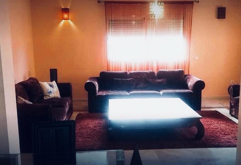 Luxueux Appart En Plein Gueliz Avec Wifi, Marrākeša, Dzīvokļnumurs, trīs guļamistabas, Dzīvojamā zona