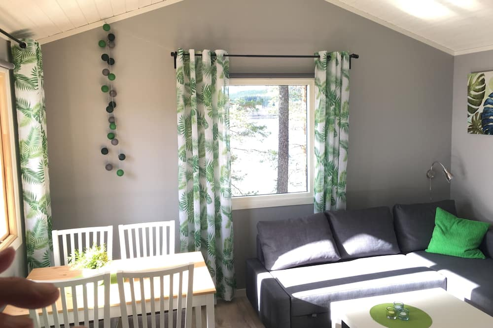 Stuga (2+2 beds, private bathroom) - Vardagsrum